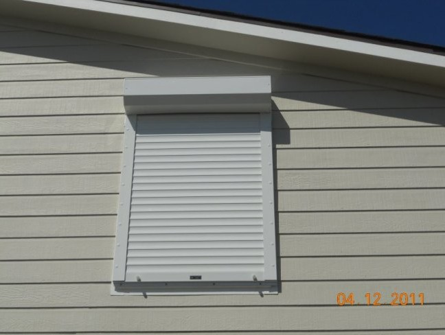 johns-rolling-hurricane-shutters-50
